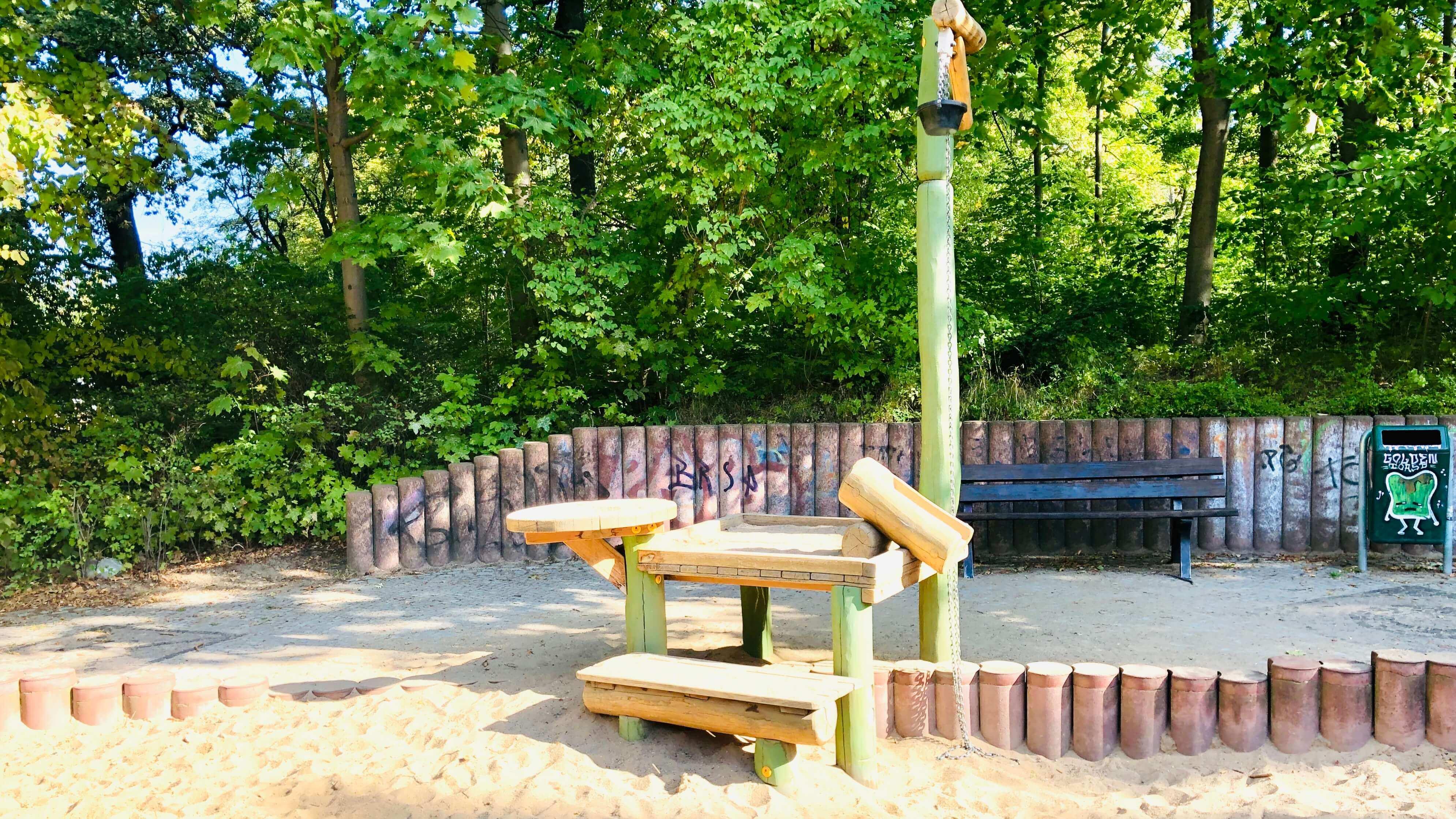 Schlangenspielplatz am Orankesee