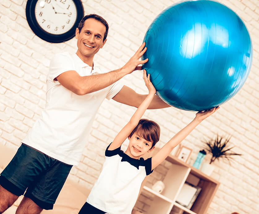 Effektive Tipps, die ihr für Familien-Fitness-Trainings zuhause braucht